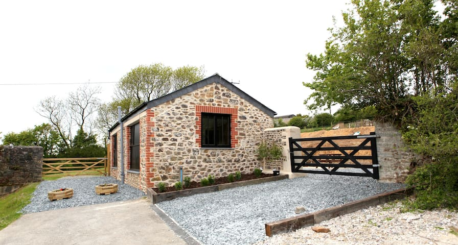 Detached 1 Bed Cow Barn - Bude - Huis