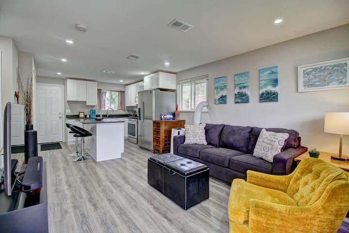 Hip & clean 2BD 1BA Home in Cole Neighborhood!