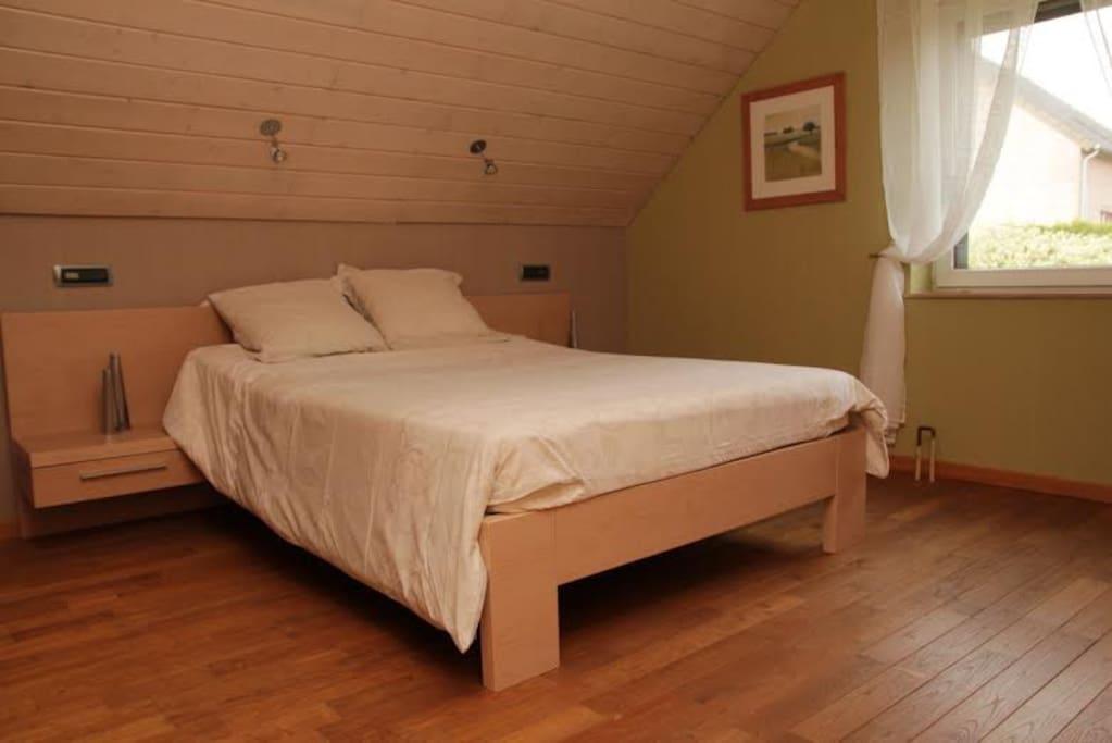 Chambre tout confort lit 2 personnes