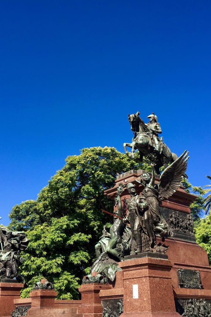 San Martín Monument