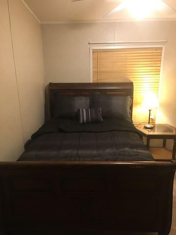 Private bedroom in Lehi