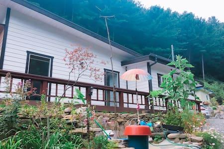 カンウォンド ホンチョン  ヒーリング ゲストハウス - Hwachon-myeon, Hongcheon - 別荘