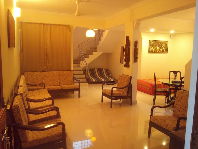 4BHK Duplex Penthouse with terrace. - Benaulim - Byt