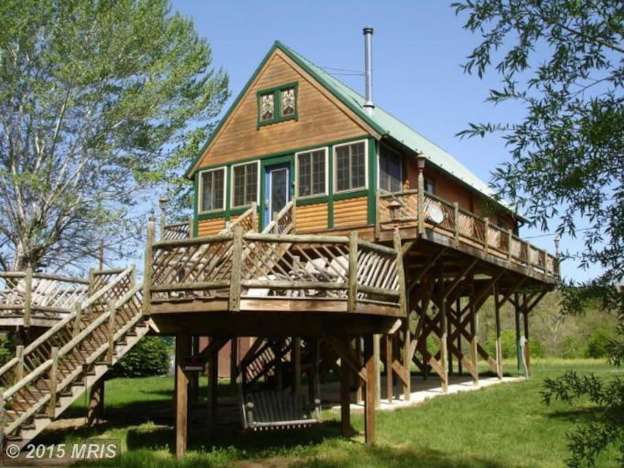 Riverfront cabin mountain views chalet in affitto a for Riverwalk cabine prati di dan va