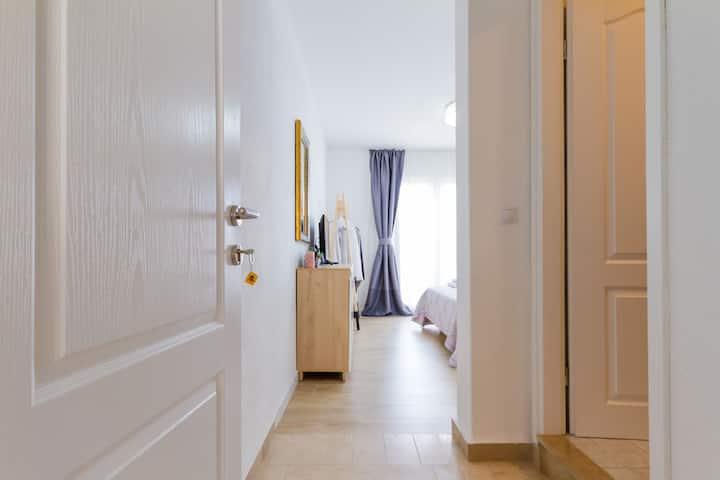 Lumbarda room with terrace