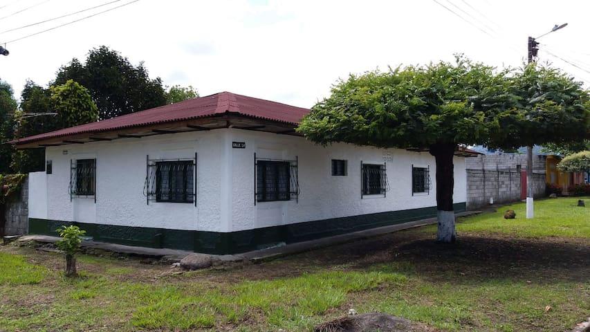 Linda casa/Finca en Mariquita, Tolima
