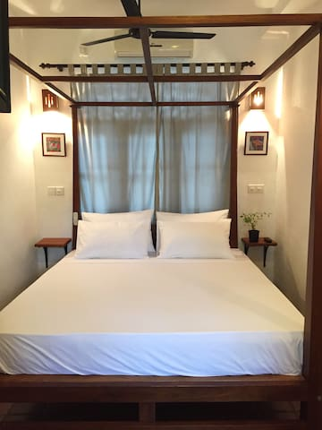 Deluxe Double Room - Secret Palace Guesthouse