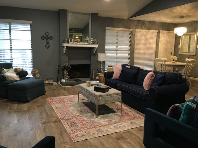 Two Bedroom: Centrally Located Near Northpark Mall