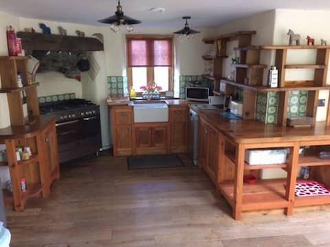 Ty Capel Saron, Snowdonia Large Cottage