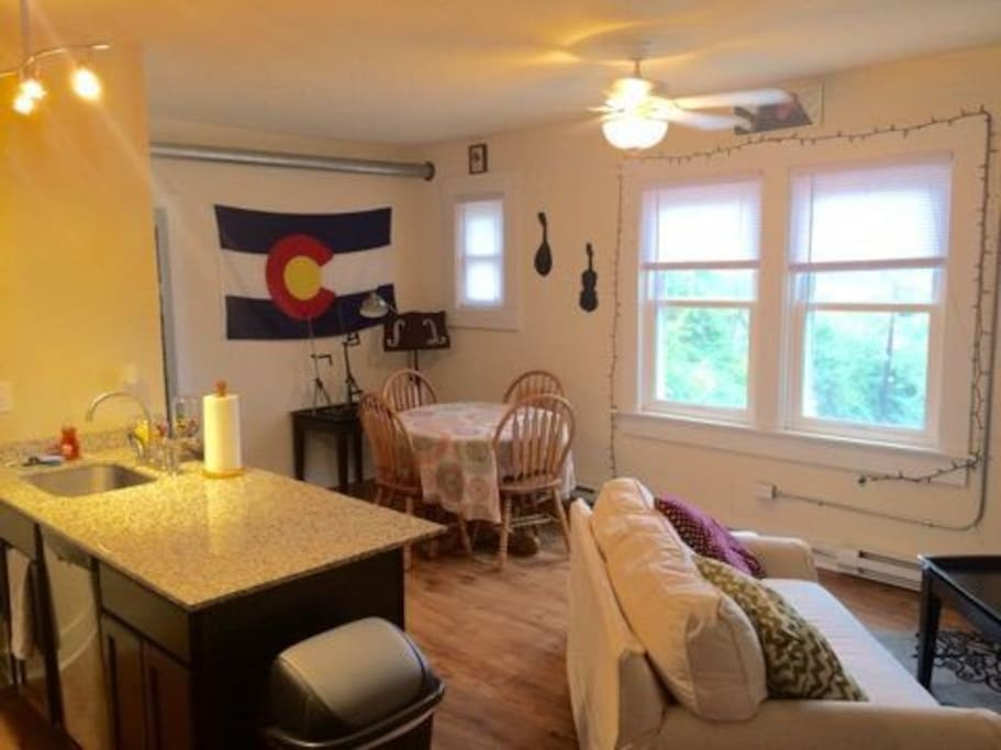 Small 1 Bedroom Apartment Close To Downtown Appartements Louer Cincinnati Ohio Tats Unis