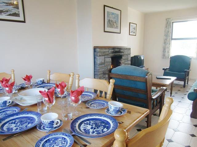 Quilty Holiday Cottages - Clare - Dom