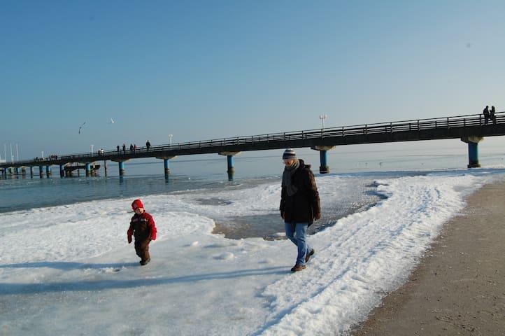 Wandern auf der Ostsee - im Winter