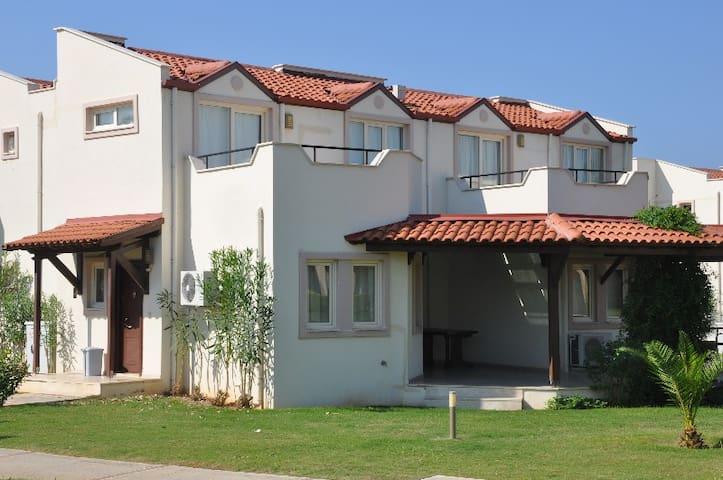 APD205-Didim 3 Bedroomed Duplex - Didim - House