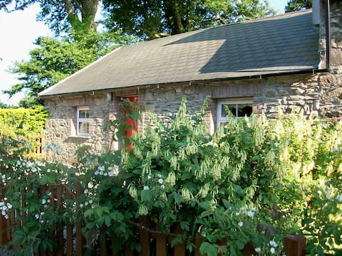 Charming Mill Cottage