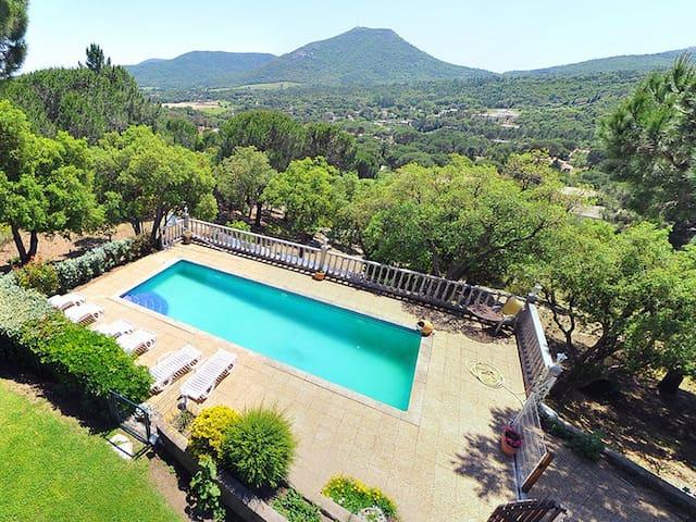 Villa provençale avec piscine (Golfe de St-Tropez) - Le Plan-de-la-Tour - บ้าน