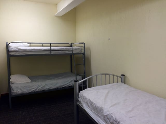 "Treasure State Hostel 3 Bed Dorm ""A"""