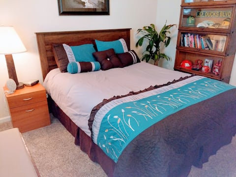 Allergy free Luxury, Minutes from I-5, SW Medford
