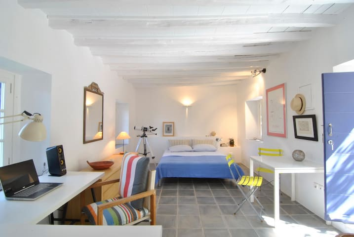 Summer Studio under the Castle - Kythira - Rumah