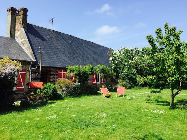 Entre Petites Dalles et Veulettes - Saint-Martin-aux-Buneaux - House