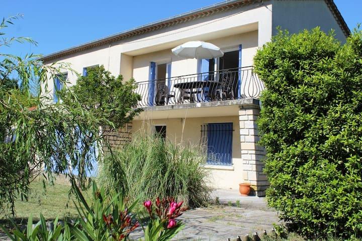 Maison pour 8 personnes - Saint-Christol-lès-Alès - Casa