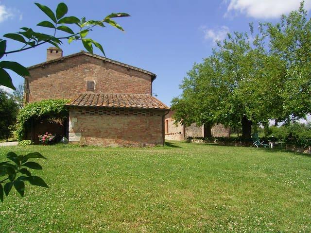 Villa SienaView,inOrganicEstate,8 paxPrivatepool - Solatio di Sotto - Casa