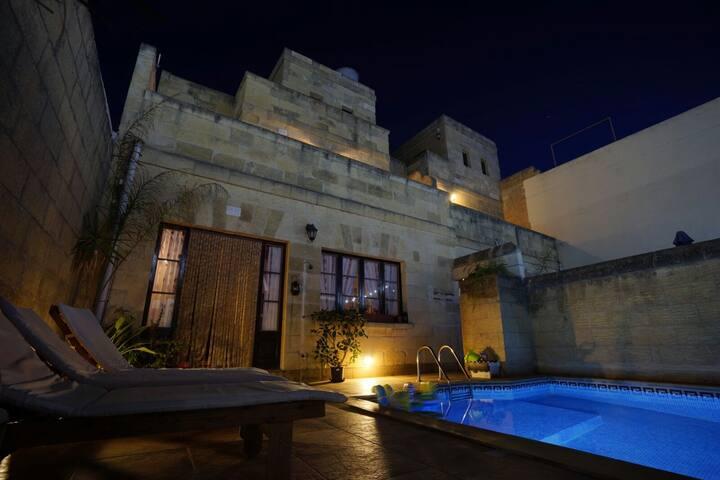 Grotto's Paradise B&B - Gozo