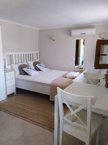 N6 louiza apartments