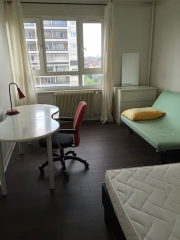 stage strasbourg studio tudiant flats for rent in strasbourg alsace france. Black Bedroom Furniture Sets. Home Design Ideas