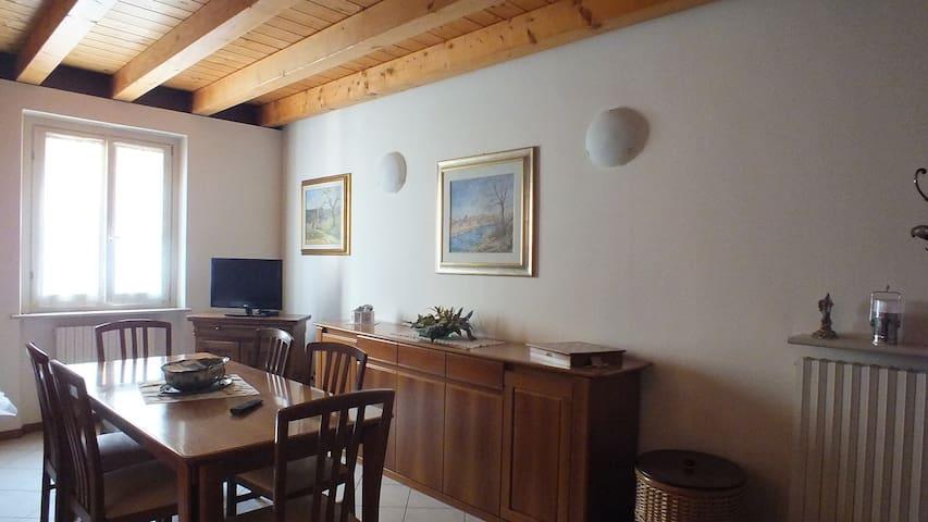Trilocale in centro-vicino a Verona e L. di Garda - Bussolengo - Appartamento