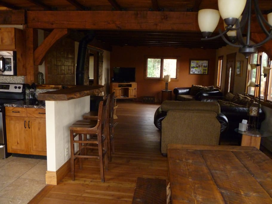 Dining table and main living room. Cable TV & free WIFI