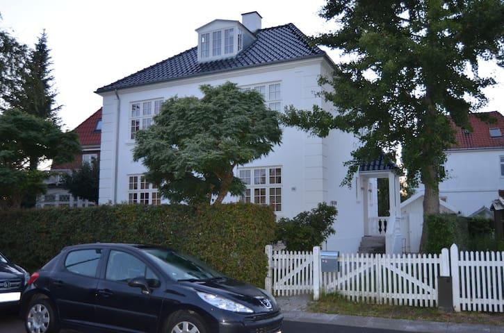 Fantastic villa in wonderful CPH