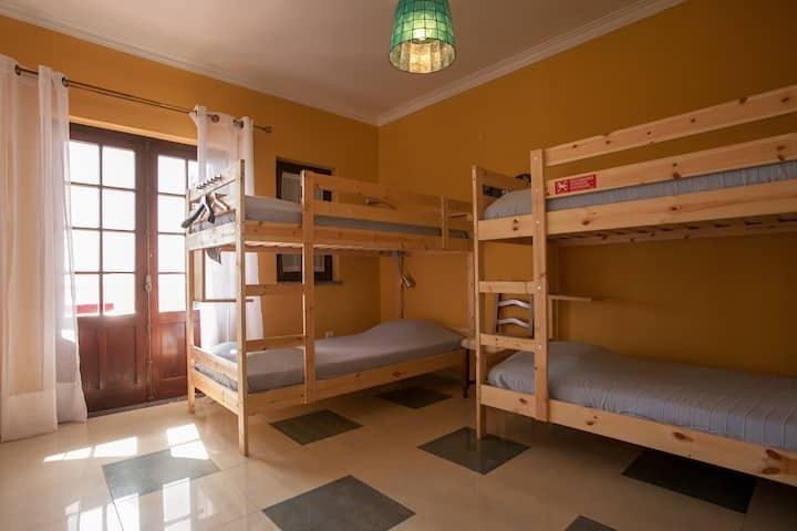 8 Bed shared dorm in a Villa, near the center