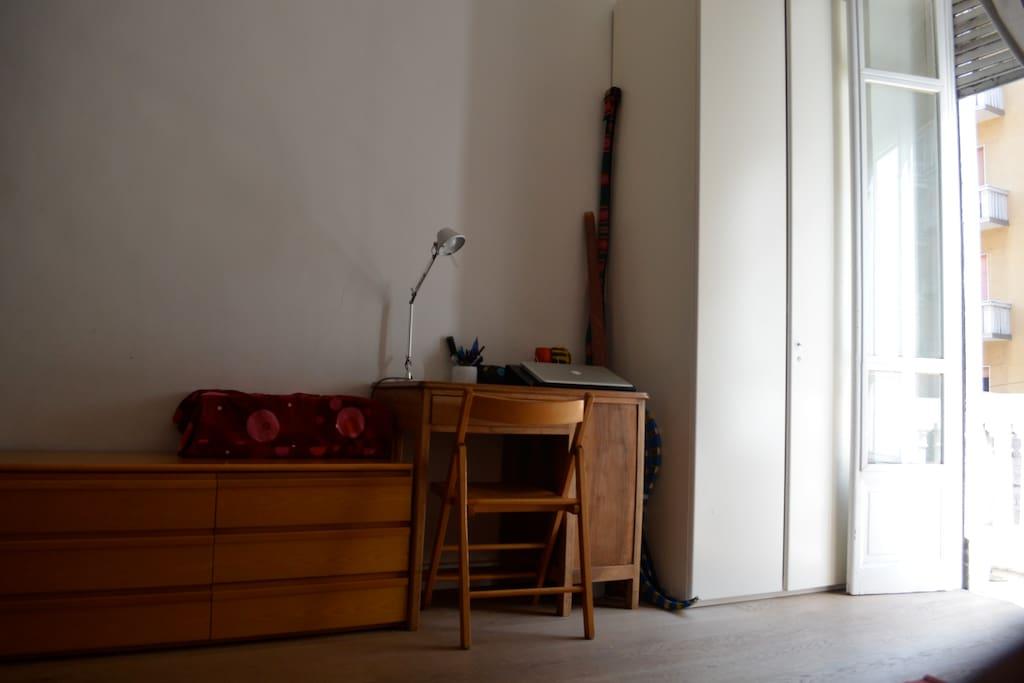 camera da letto - room for rent