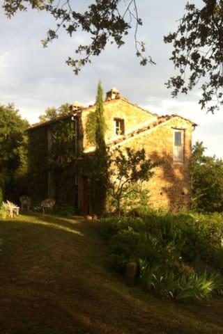 Casa immersa nella natura - Massa marittima  - House