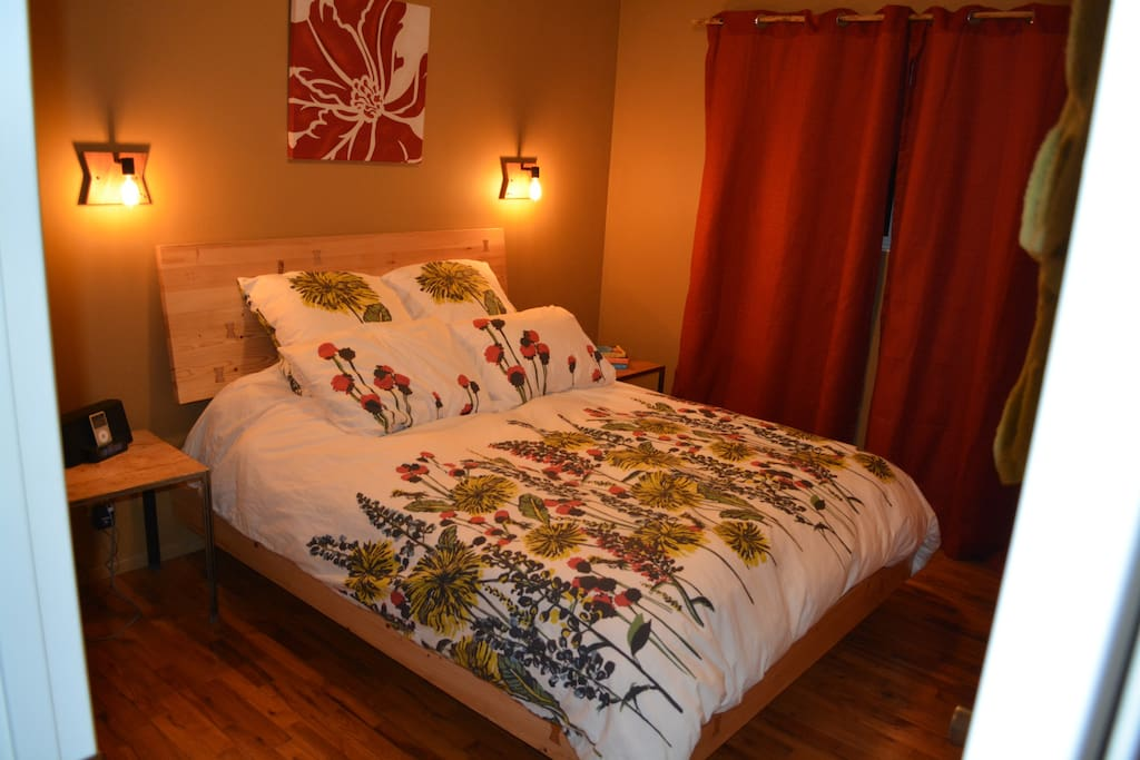 Master Bedroom with Queen Bed 1/2 bath attached