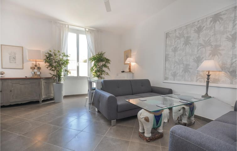 Holiday apartment with 2 bedrooms on 70m² in Cannes