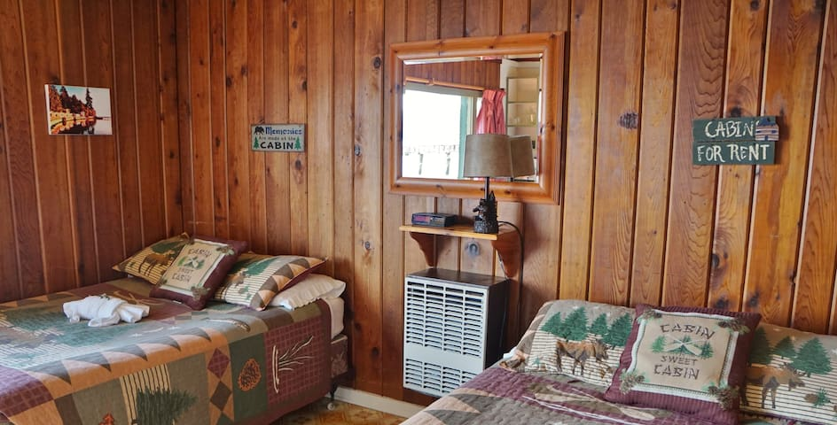 Classic NW Waterfront Cabins!!!2 - Lilliwaup - Cabaña