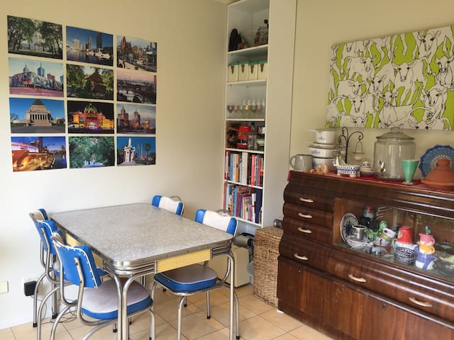 Townhouse in lovely Coburg