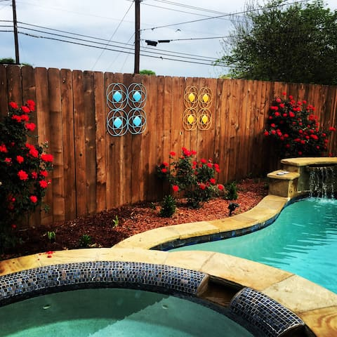 Perfect location, Backyard Oasis Pool/Hottub - Burleson - Ev