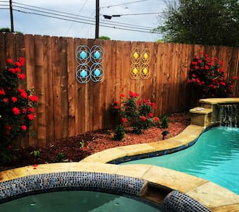 Cozy home with pool/hot tub perfect location! - Burleson - Maison