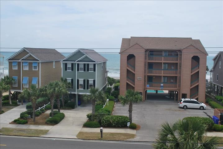 """The condo was cute! The three bedrooms and three full baths suited are group well. Our expectations - North Myrtle Beach - Villa"