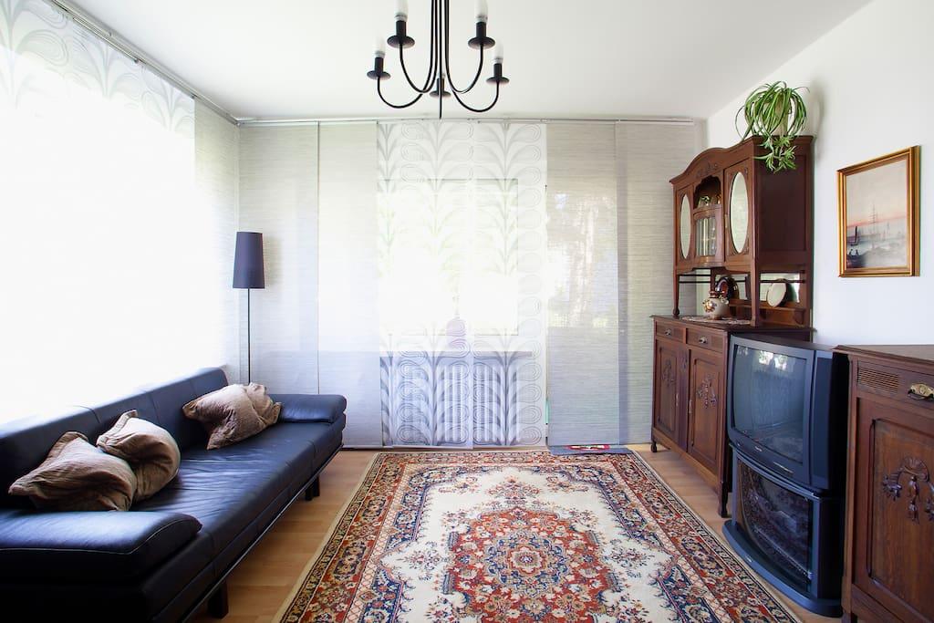 luxus ferienwohnung apartment room wohnungen zur miete in holzminden niedersachsen deutschland. Black Bedroom Furniture Sets. Home Design Ideas