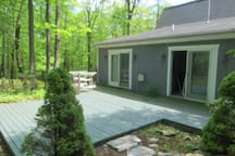 Side Deck off master bedroom and family room