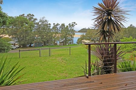 Sandbank Cottage-Waterfront - Mossy Point