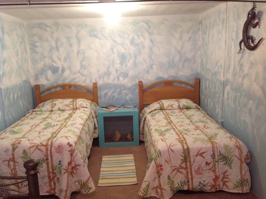 2nd bedroom Downstairs