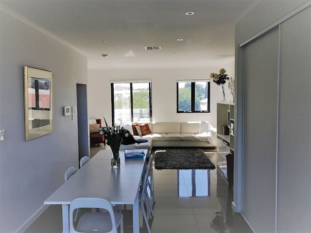 Luxury, Location & Lifestyle! - North Adelaide - Townhouse