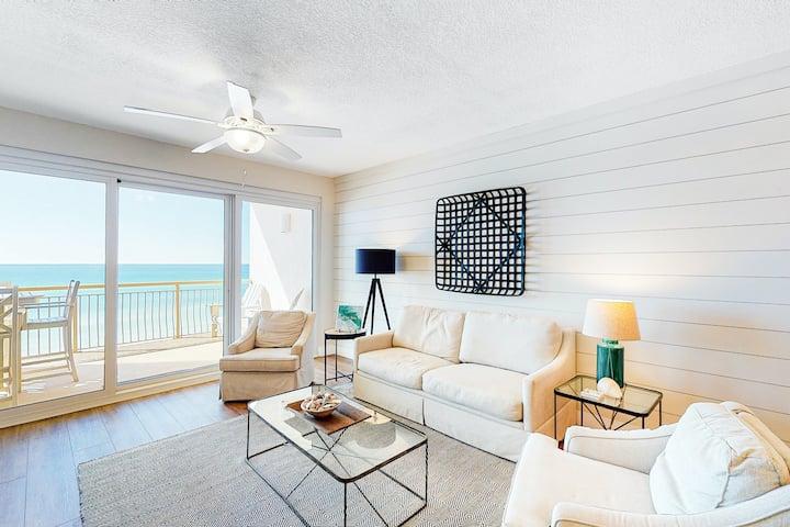 Updated beachfront condo w/ scenic balcony, lagoon-style pool & more!