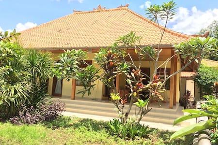 new house in blabatuh, bali, indon.