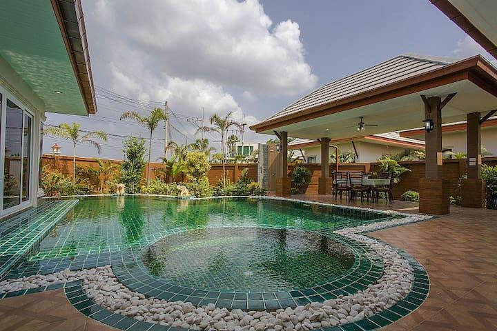 Шикарная вилла Victoria с бассейном - Паттайя, Baan Dusit Pattaya Park - วิลล่า