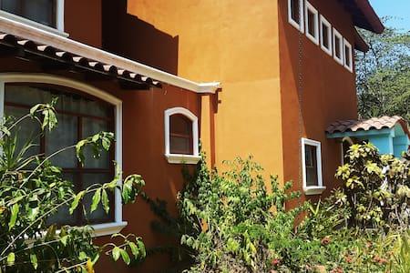Casa LaReserva - stunning oceanview - Camaronal